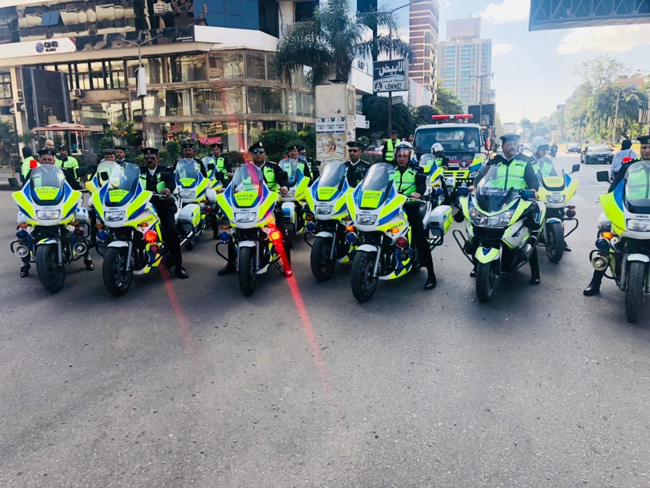 قوات الانتشار السريع تجوب الشوارع