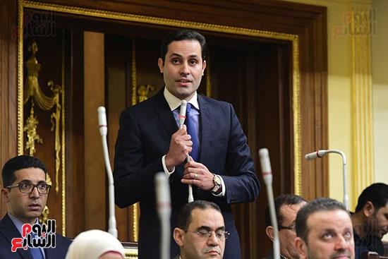 الجلسه العامة (33)