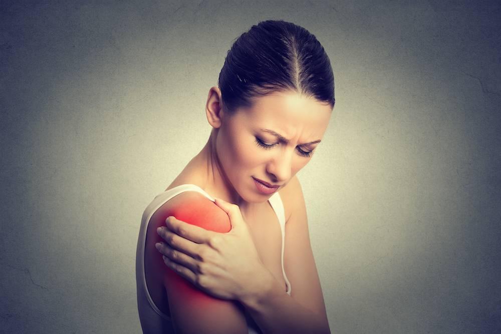 اعراض تمزق الكتف 9