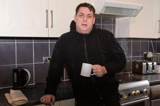مواطن بريطانى يواجه مشكلة دمرت حياته بعد شراء منزل بعامين (1)