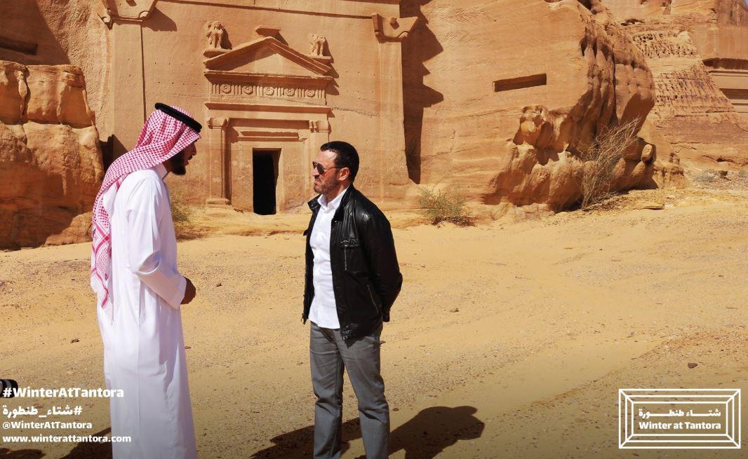 كاظم الساهر فى جولة بمدينة العلا (4)