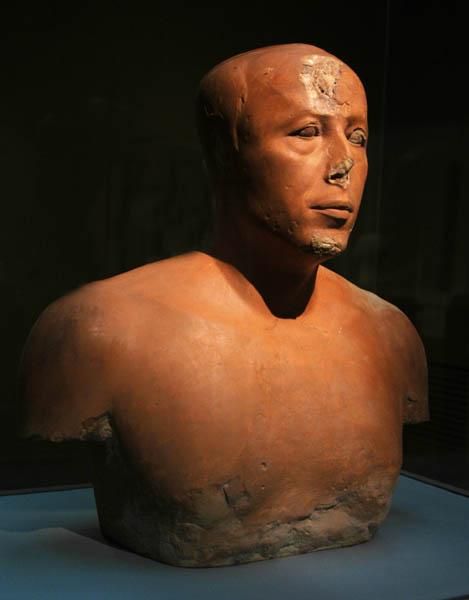 تمثال عنخ حا أف