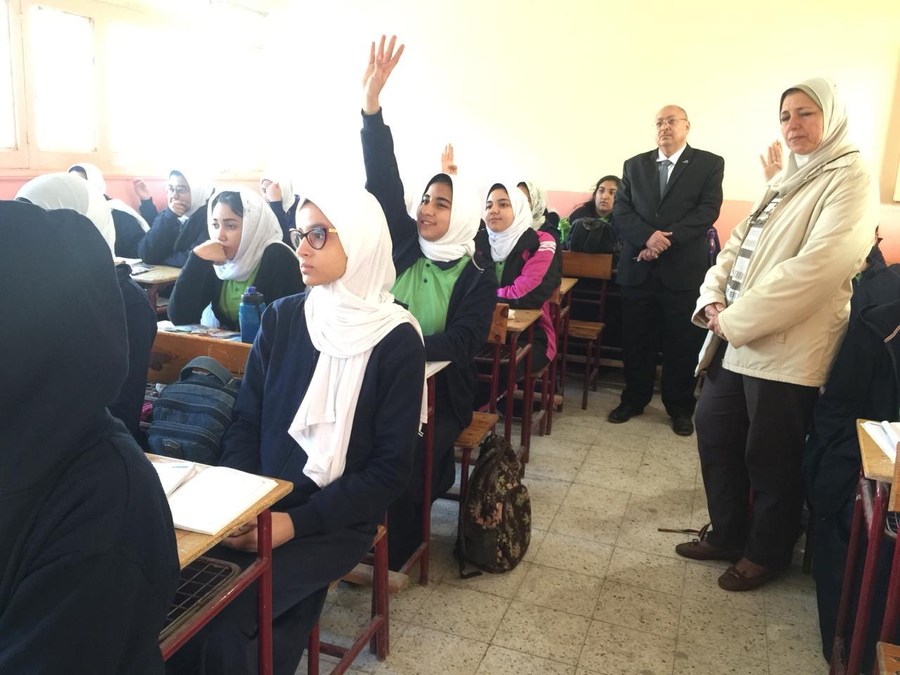 جانب من تفقد مدرسه نبويه موسى (1)