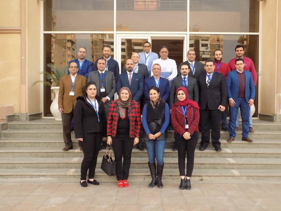 من الدورات التدريبية المنعقدة بالأكاديمية الوطنية لمكافحة الفساد (1)
