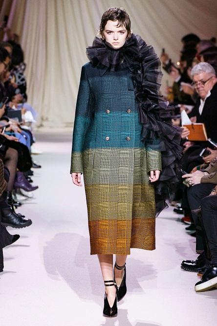 تصميم دار أزياء  Mary Katrantzou  (8)