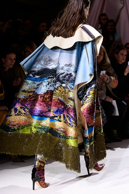 تصميم دار أزياء  Mary Katrantzou  (5)