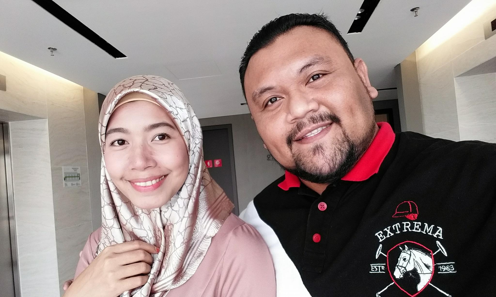 الزوج الماليزي وزوجته قبل هجرتها