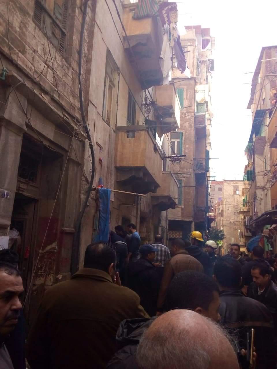 حادث انهيار عقار كرموز بالإسكندرية  (5)