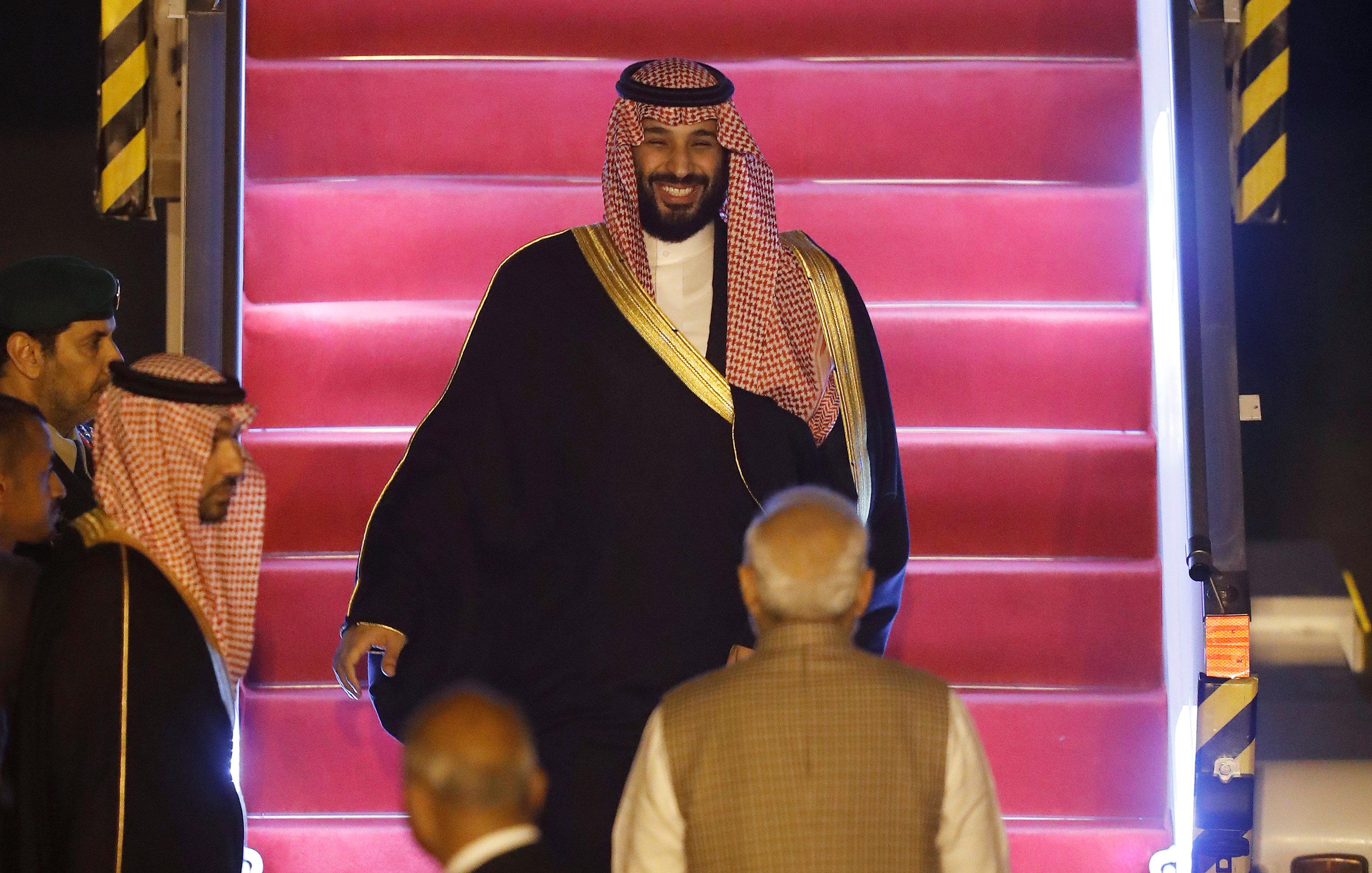 الأمير محمد بن سلمان يصل الهند