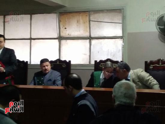 محاكمة الطبيب قاتل زوجته وأولاده بكفر الشيخ (9)