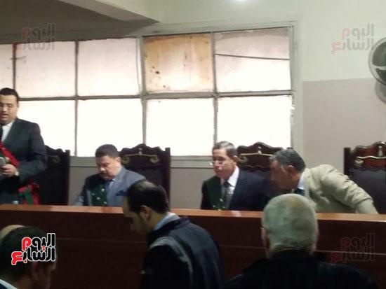 محاكمة الطبيب قاتل زوجته وأولاده بكفر الشيخ (8)