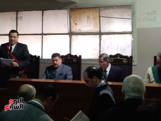 محاكمة الطبيب قاتل زوجته وأولاده بكفر الشيخ (10)