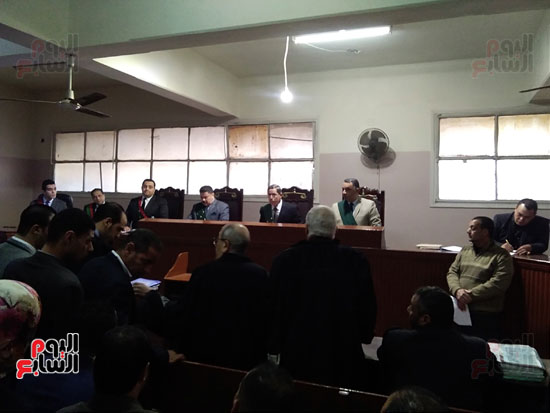 محاكمة الطبيب قاتل زوجته وأولاده بكفر الشيخ (4)