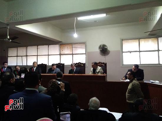 محاكمة الطبيب قاتل زوجته وأولاده بكفر الشيخ (16)