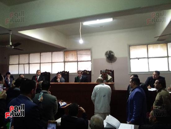 محاكمة الطبيب قاتل زوجته وأولاده بكفر الشيخ (15)
