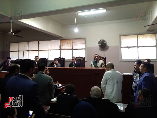 محاكمة الطبيب قاتل زوجته وأولاده بكفر الشيخ (13)