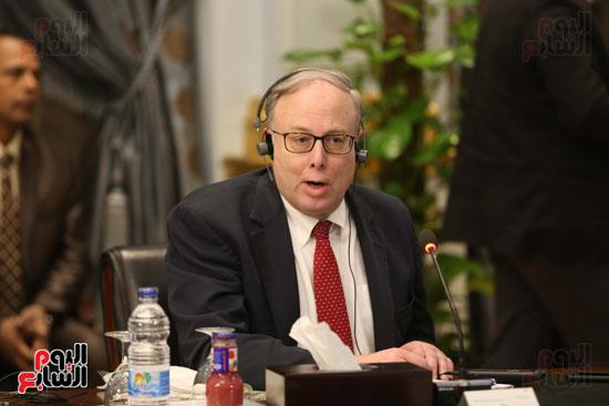 وكيل النواب يستقبل اعضاء الحوار المصرى الأمريكى بمقر البرلمان   (11)