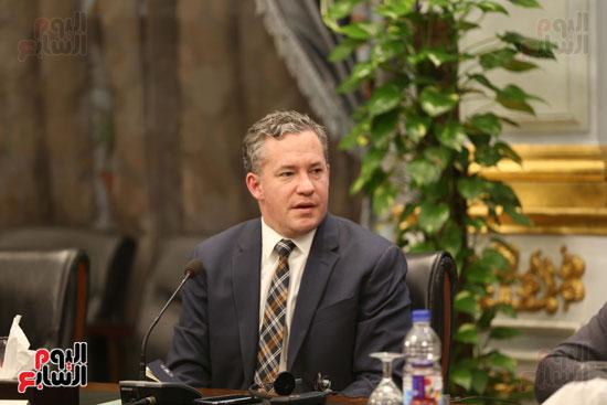 وكيل النواب يستقبل اعضاء الحوار المصرى الأمريكى بمقر البرلمان   (15)