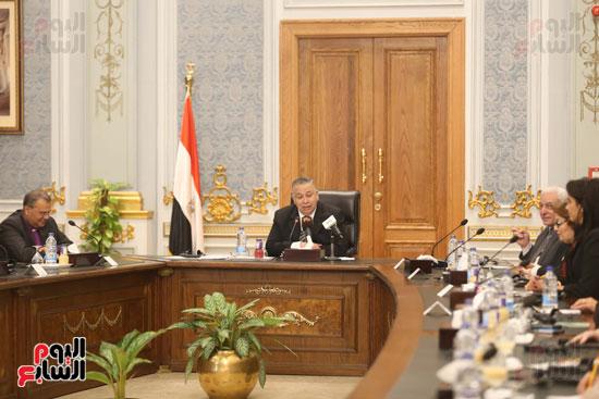 وكيل النواب يستقبل اعضاء الحوار المصرى الأمريكى بمقر البرلمان   (9)