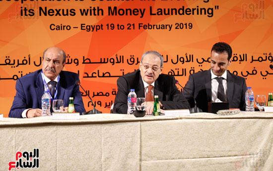 جلسة الإطار القانونى لمكافحة تمويل الإرهاب وغسل الأموال (19)