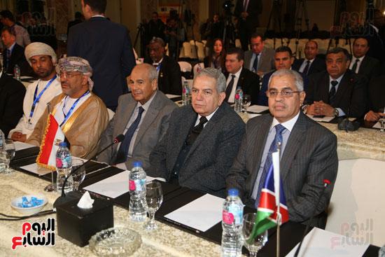 جلسة الإطار القانونى لمكافحة تمويل الإرهاب وغسل الأموال (8)