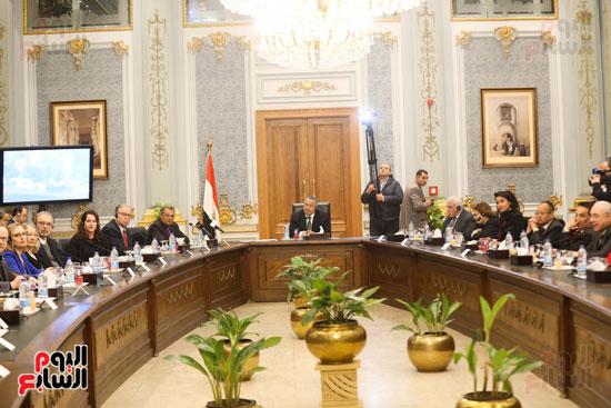 وكيل النواب يستقبل اعضاء الحوار المصرى الأمريكى بمقر البرلمان   (16)