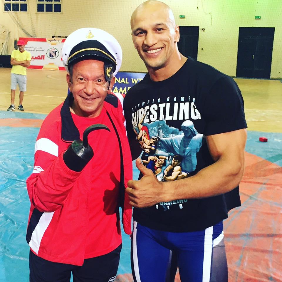 بطل المصارعة مع لطفى لبيب