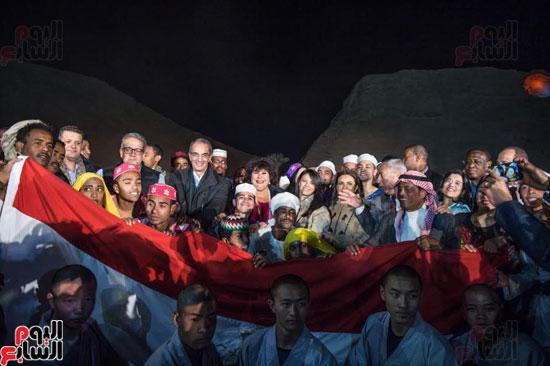 السفراء الأفارقة يشهدون فعالية تعامد الشمس على رمسيس الثانى بأبوسمبل (3)