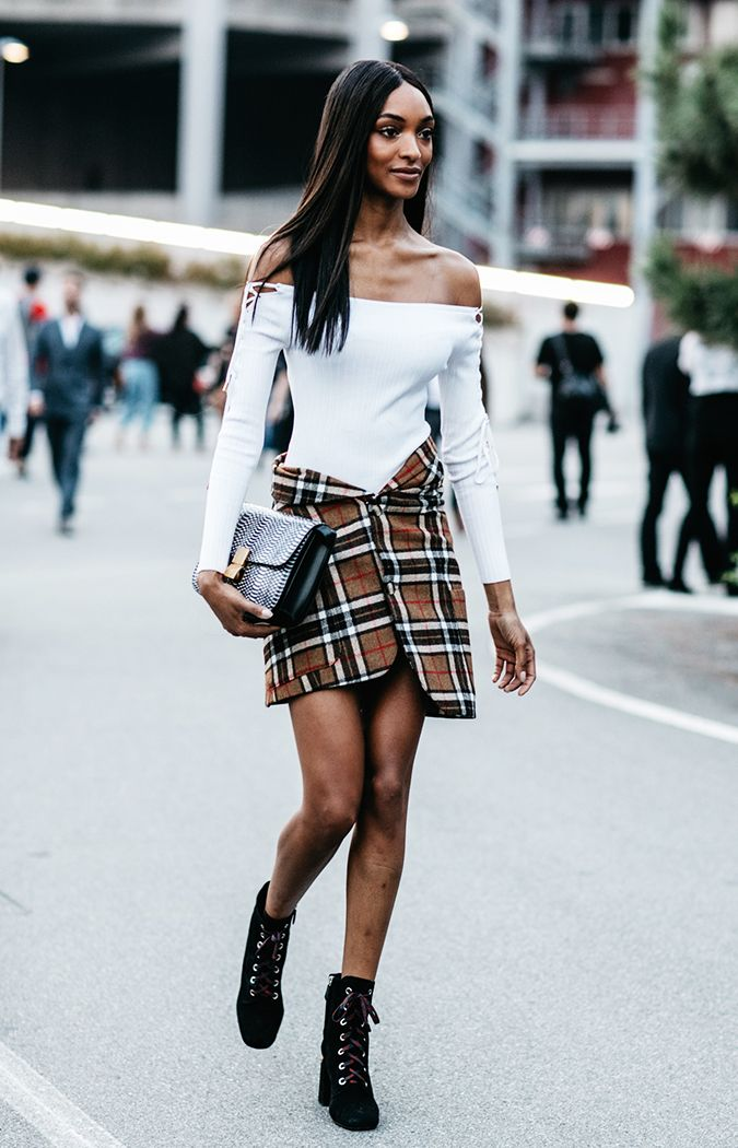 plaid-skirt-outfits-237419-1506738416827-image.700x0c