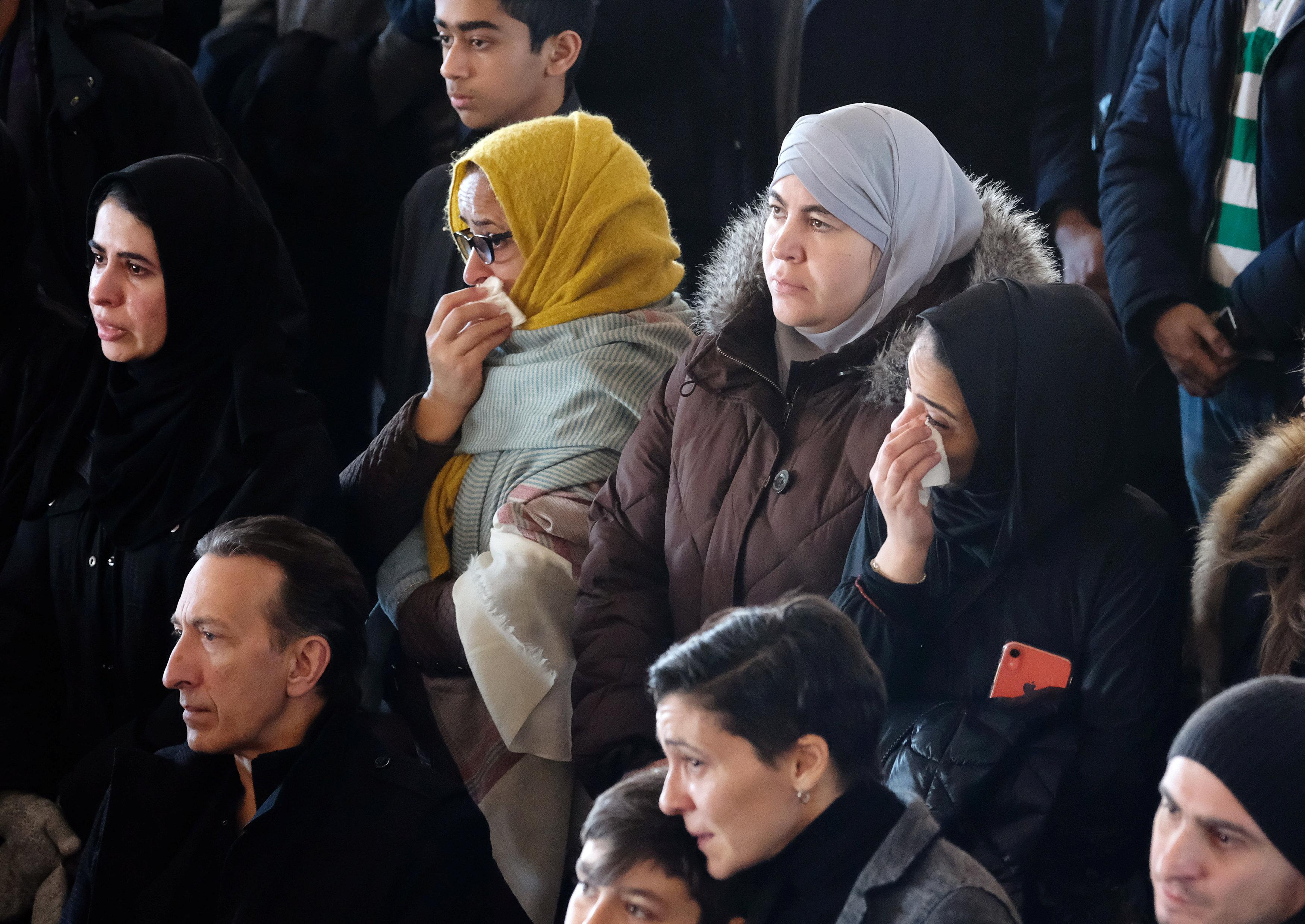 تشييع جثامين أطفال سوريين بكندا (2)
