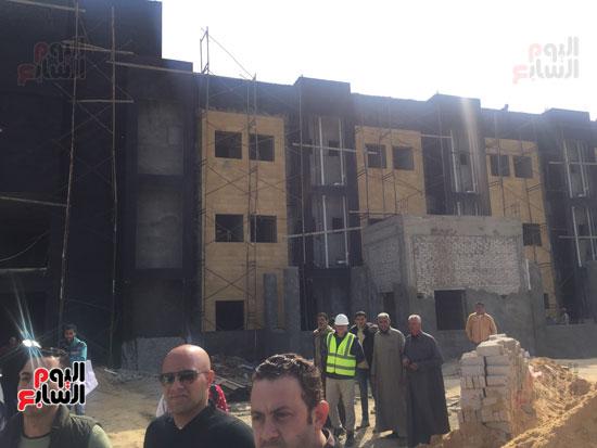 جولة-وزيرة-الصحة-ومحافظ-بورسعيد-بمستشفى-بحر-البقر-(4)