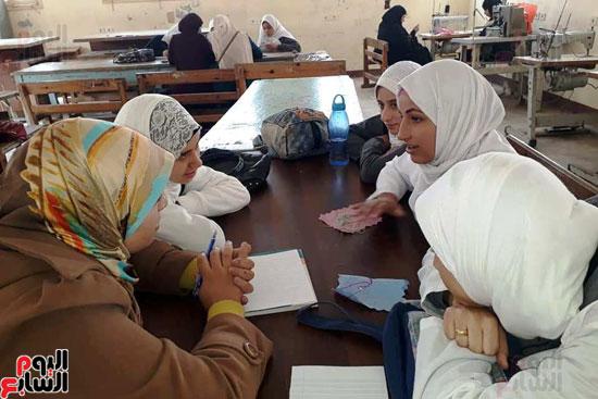 المدارس الصناعية بنات بكفر الشيخ (11)