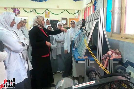 المدارس الصناعية بنات بكفر الشيخ (6)