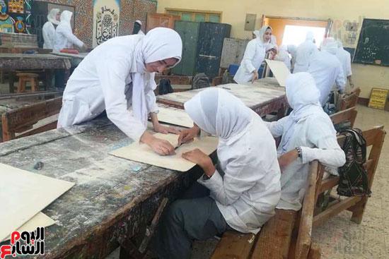 المدارس الصناعية بنات بكفر الشيخ (3)