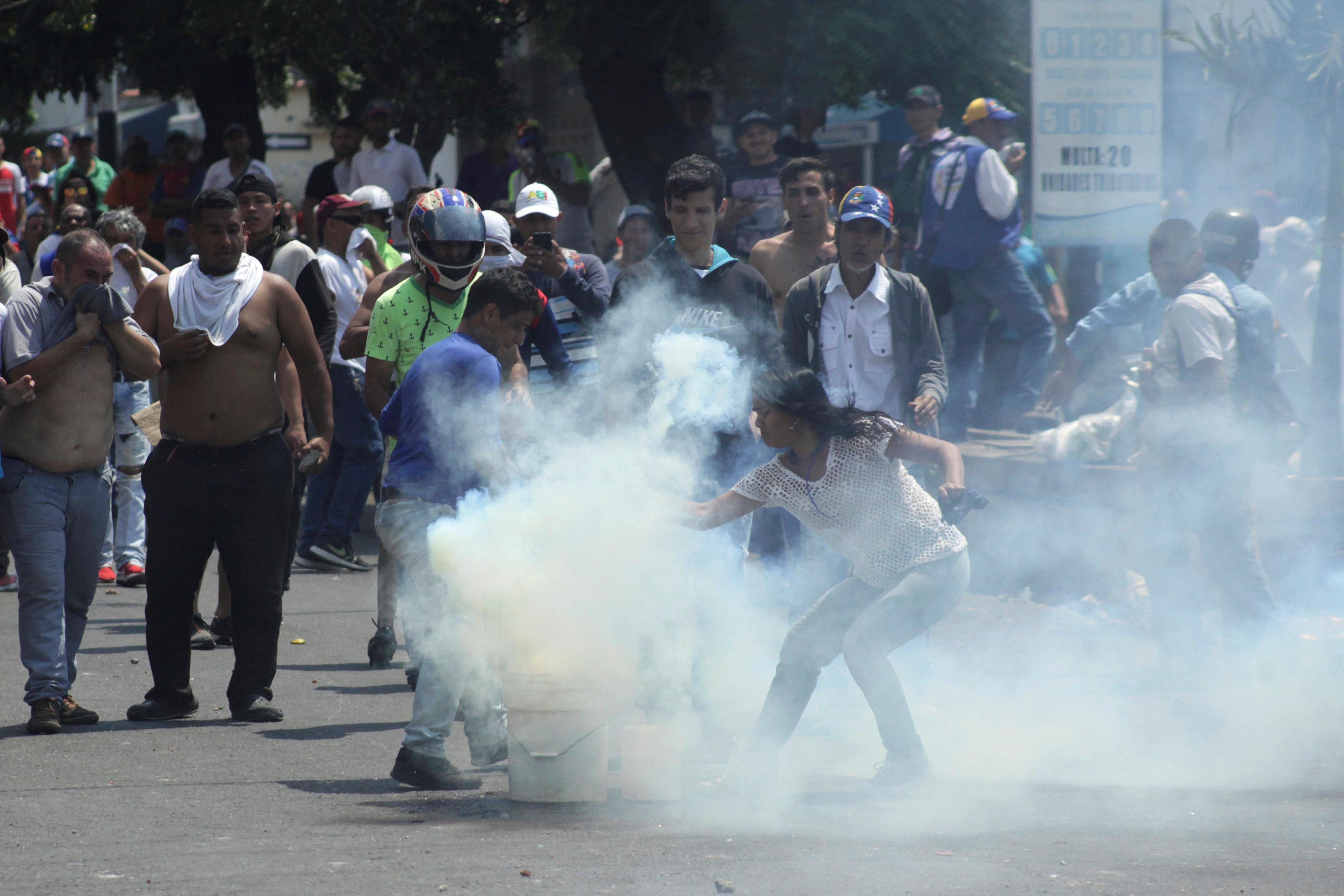 جانب من العنف فى فنزويلا (3)