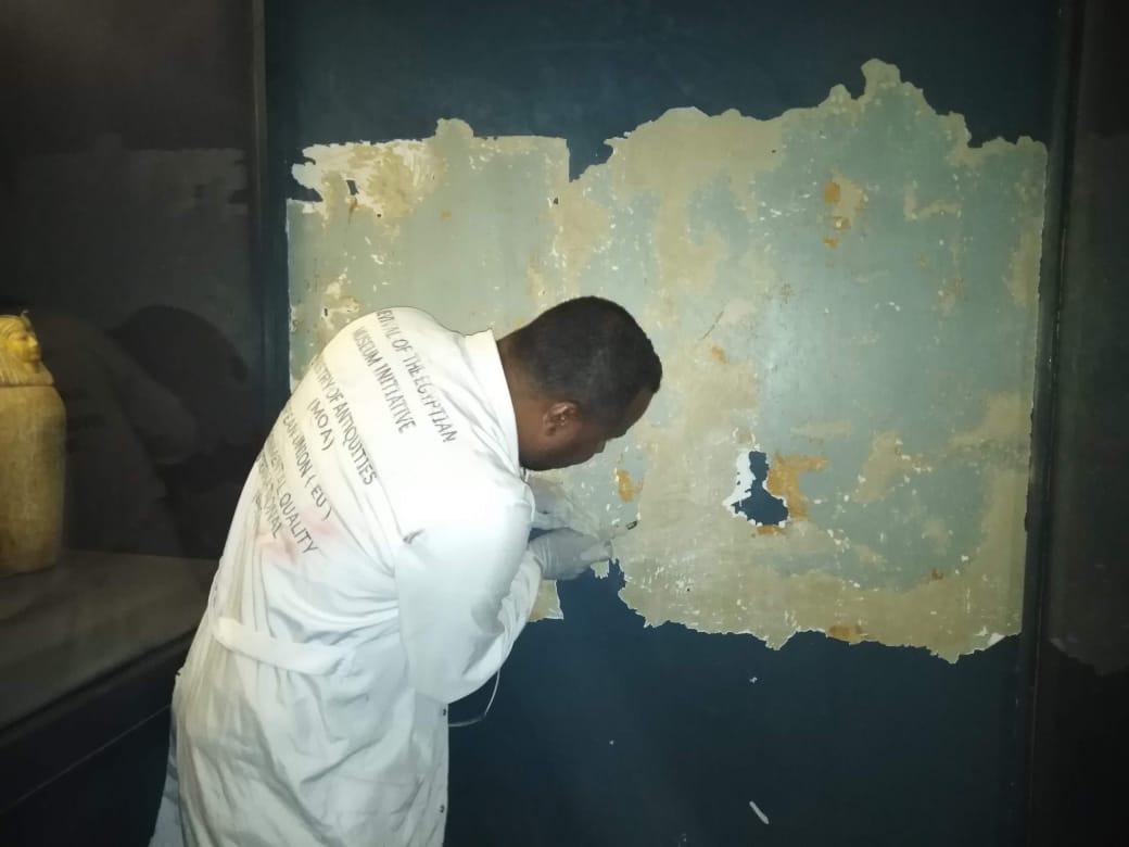 أعمال الترميم داخل المتحف المصرى بالتحرير (2)