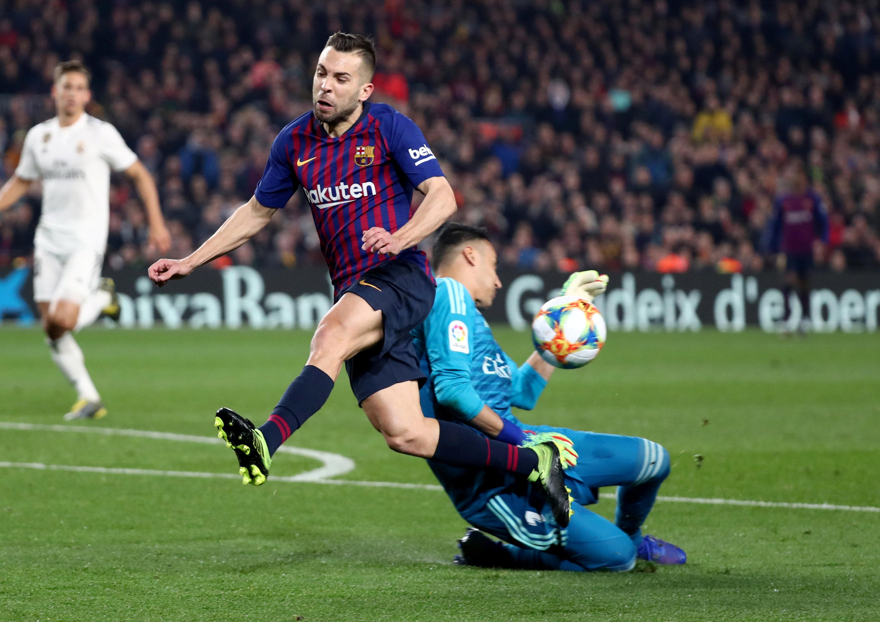 لحظة تسجيل هدف برشلونة