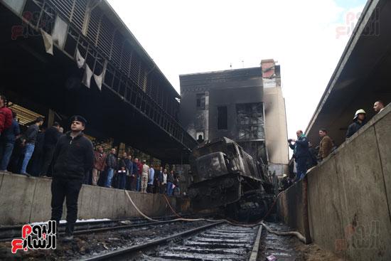 بالصور القصة الكاملة لأسباب حادث حريق محطة مصر 44837-حريق-مح�