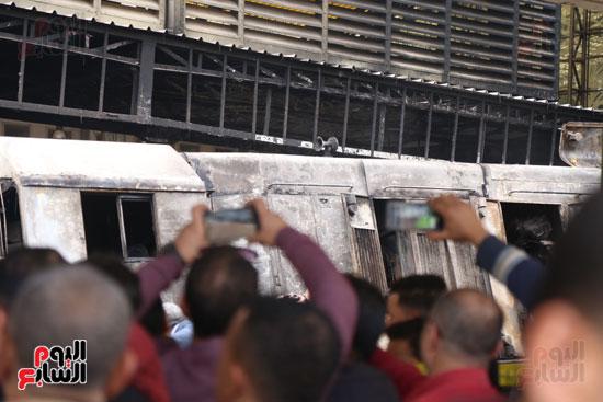 بالصور القصة الكاملة لأسباب حادث حريق محطة مصر 52265-حريق-مح�