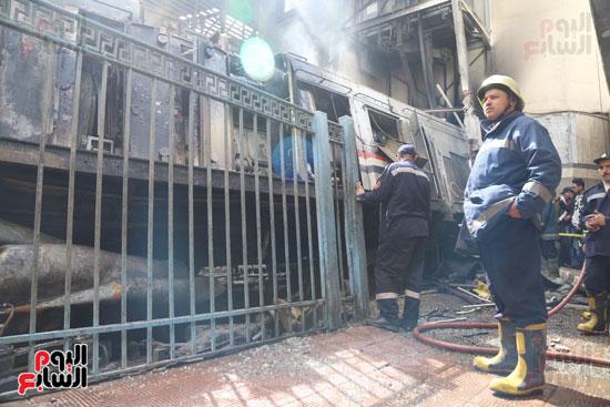 بالصور القصة الكاملة لأسباب حادث حريق محطة مصر 63413-حريق-مح�