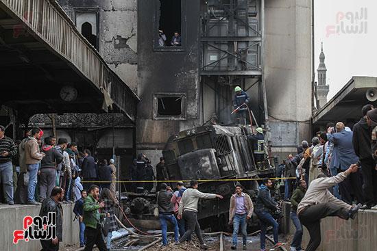 بالصور القصة الكاملة لأسباب حادث حريق محطة مصر 66057-حريق-مح�
