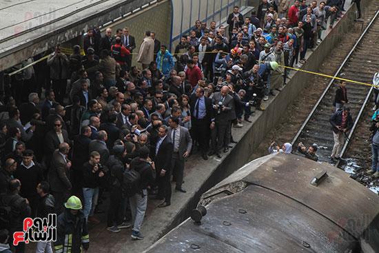 بالصور القصة الكاملة لأسباب حادث حريق محطة مصر 72575-حريق-مح�