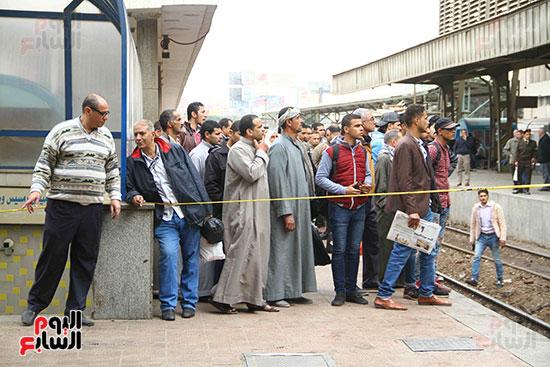 بالصور القصة الكاملة لأسباب حادث حريق محطة مصر 74386-حريق-مح�