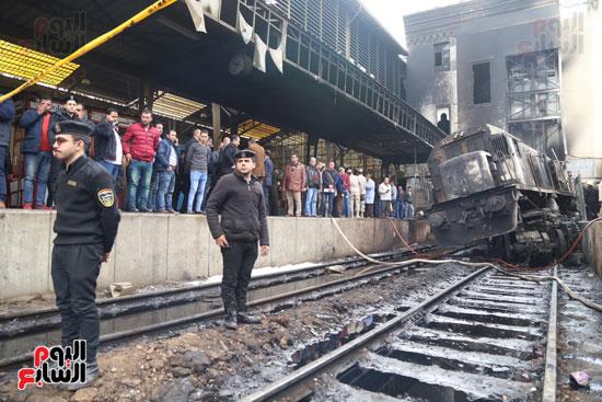 بالصور القصة الكاملة لأسباب حادث حريق محطة مصر 74470-حريق-مح�