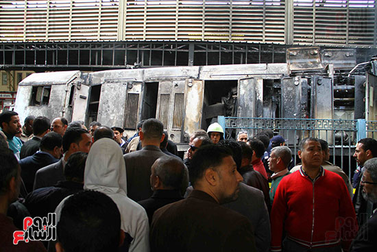 بالصور القصة الكاملة لأسباب حادث حريق محطة مصر 74867-حريق-مح�