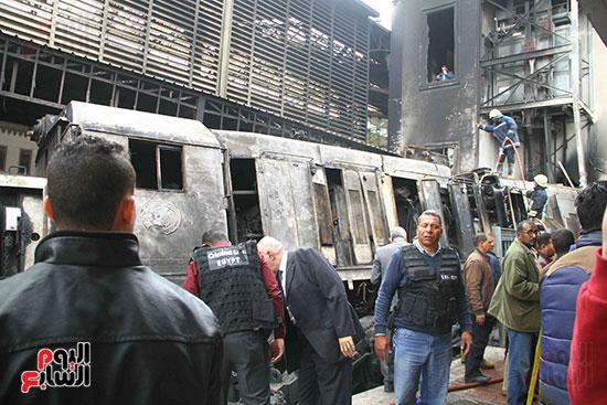 بالصور القصة الكاملة لأسباب حادث حريق محطة مصر 78230-حريق-مح�