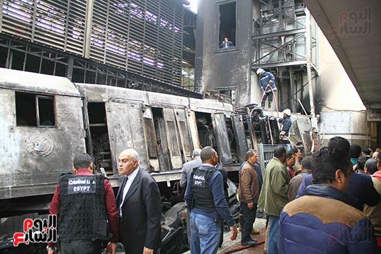 بالصور القصة الكاملة لأسباب حادث حريق محطة مصر 81228-حريق-مح�