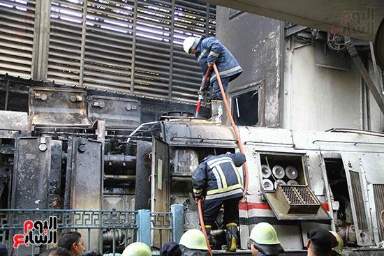 بالصور القصة الكاملة لأسباب حادث حريق محطة مصر 83450-حريق-مح�