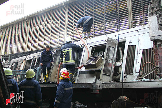 بالصور القصة الكاملة لأسباب حادث حريق محطة مصر 88275-حريق-مح�