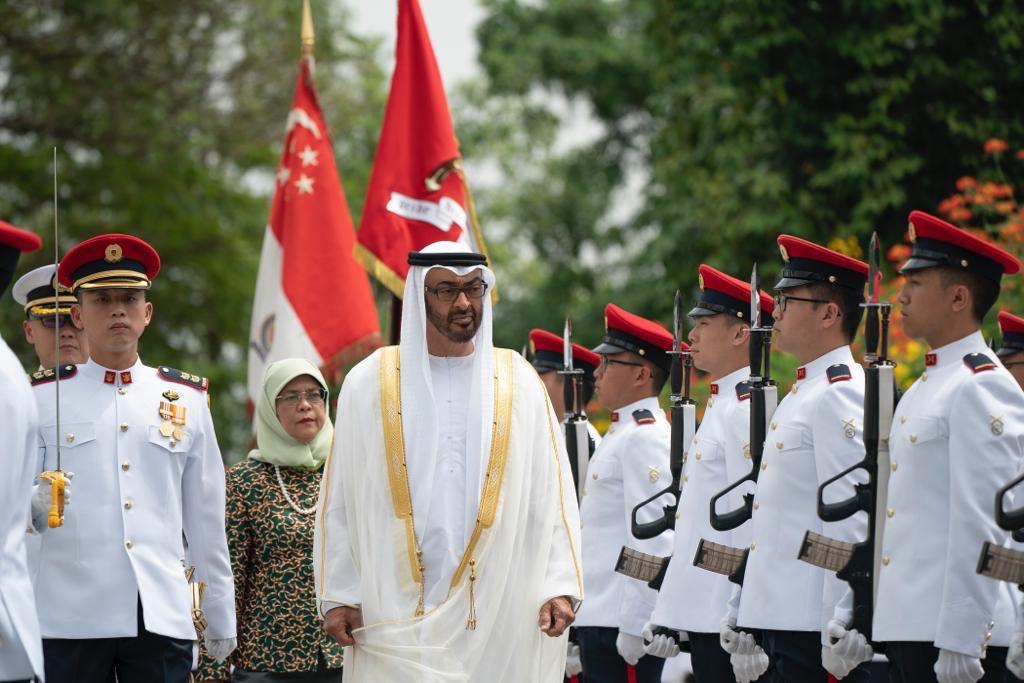 رئيسة سنغافورة تستقبل ولى عهد أبوظبى محمد بن زايد (3)